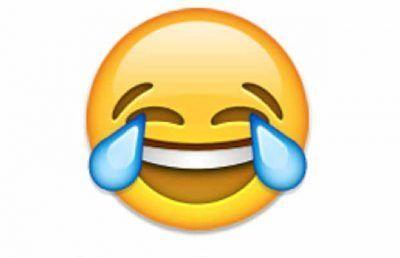 emoji free para whatsapp riendo
