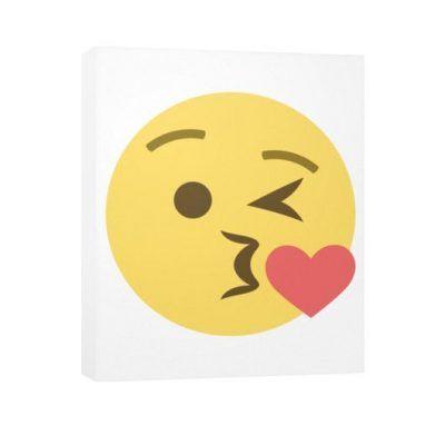 emoji beso facebook
