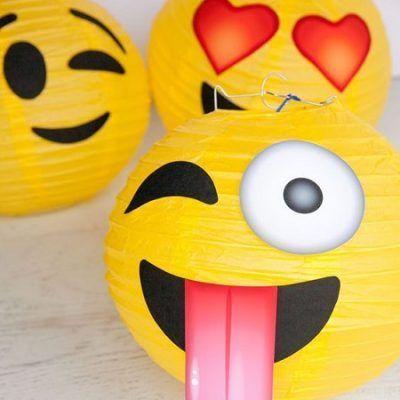 agregar emojis a whatsapp